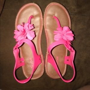Justice Hot Pink Sandals Woman's Size 8 💕🎀